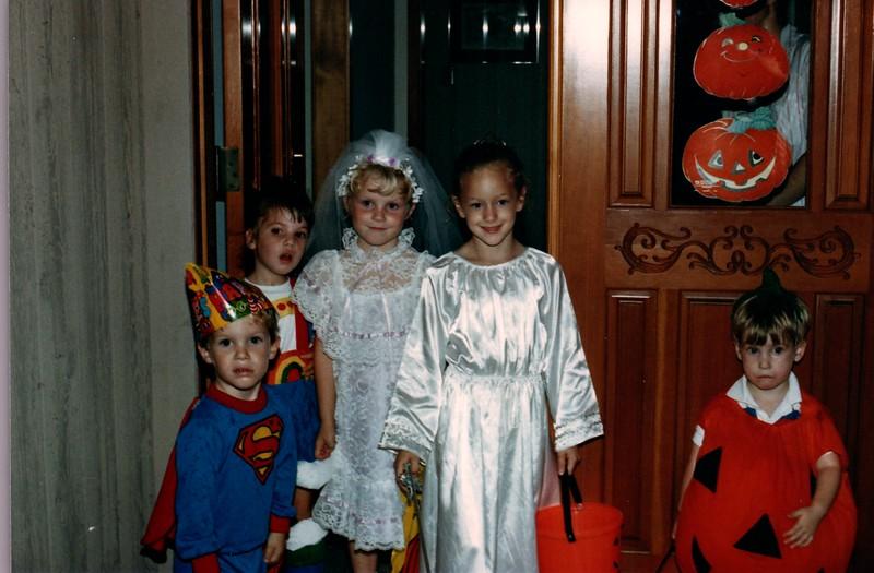 1986_Fall_Australia,_Hawaii_and_Halloween_0019_a.jpg