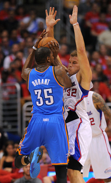 . The Clippers Blake Griffin defends the Thunders\' Kevin Durant in game six of the Western Conference semifinals, Thursday, May 15, 2014, at Staples Center. (Photo by Michael Owen Baker/Los Angeles Daily News)