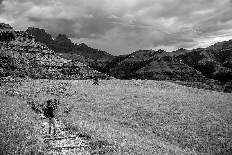 Photorgaphing_the_Drakensburg.jpg