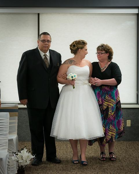 EDITS - Ryan and Lindsey Wedding 2014-458.jpg