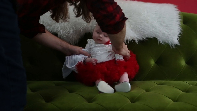 2015-12-06-Rockett Christmas Pictures-39.mp4