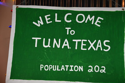 11-29-2017 A  Tuna Christmas Selected for Facebook