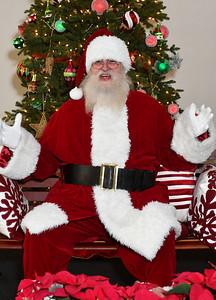 2017 - Dalton Utilities Santa Portraits