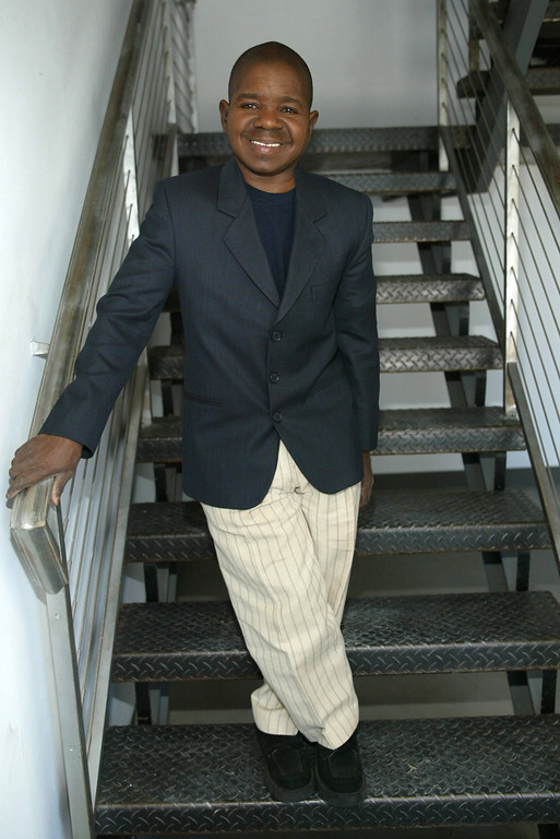 """. SANTA MONICA, CA - AUGUST 8:  Actor Gary Coleman, a candidate for governor in California\'s October 7 recall election of Gov. Gray Davis, is seen at Fox Television August 8, 2003 in Santa Monica, California. Coleman, who achieved fame in the 1980s TV sitcom \""""Diff\'rent Strokes,\"""" is being sponsored in his run by the alternative weekly newspaper, East Bay Express.  (Photo by Frederick M. Brown/Getty Images)"""