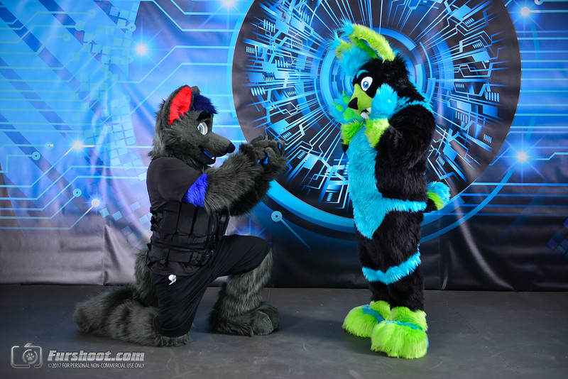 Police Wolf and Saber Glo-2.jpg