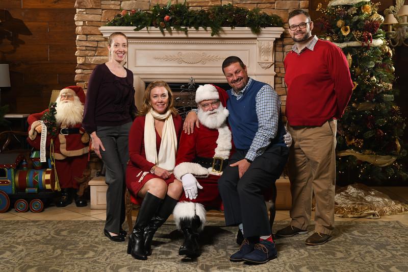 Santa2018.TylerBoye.-195.jpg