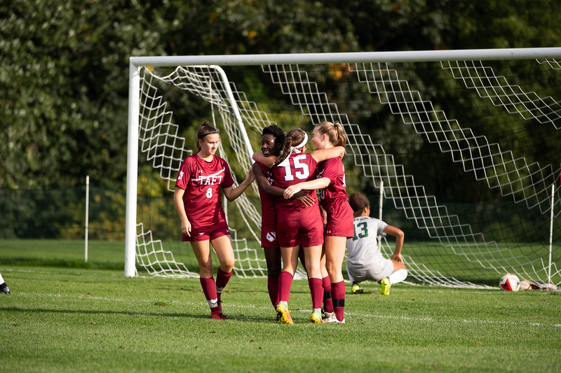 Girls' Varsity Soccer v Miss Porter's