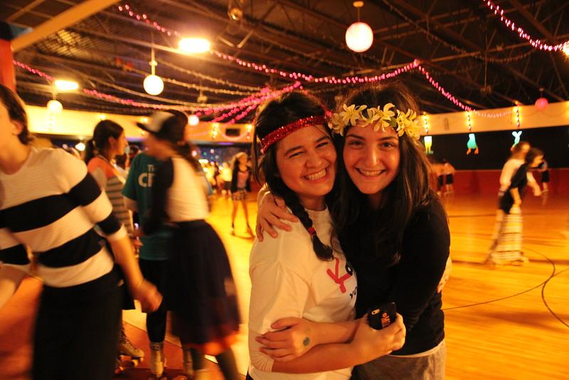 kars4kids_thezone_camp_GirlDivsion_trips_RollerSkating (19).JPG