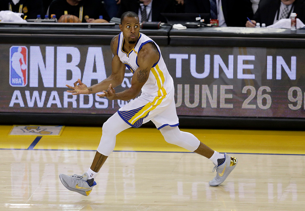 . Golden State Warriors forward Andre Iguodala (9) reacts after scoring against the Cleveland Cavaliers during the second half of Game 5 of basketball\'s NBA Finals in Oakland, Calif., Monday, June 12, 2017. (AP Photo/Ben Margot)