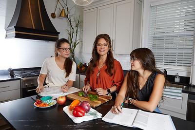 101619-three-styles-mavis-harper-talia-kitchen-ls