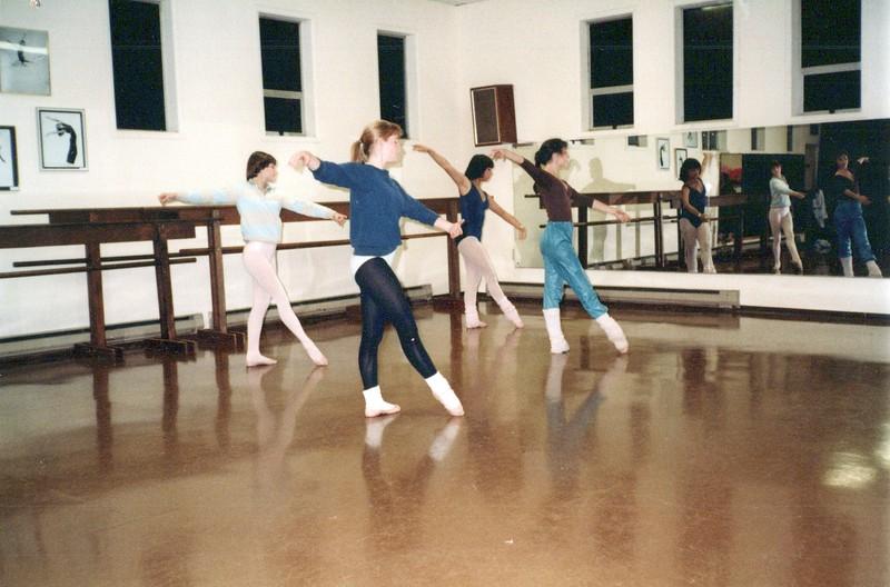 Dance_2725_a.jpg