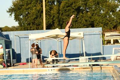 19-09-28 Swim & Dive Meet