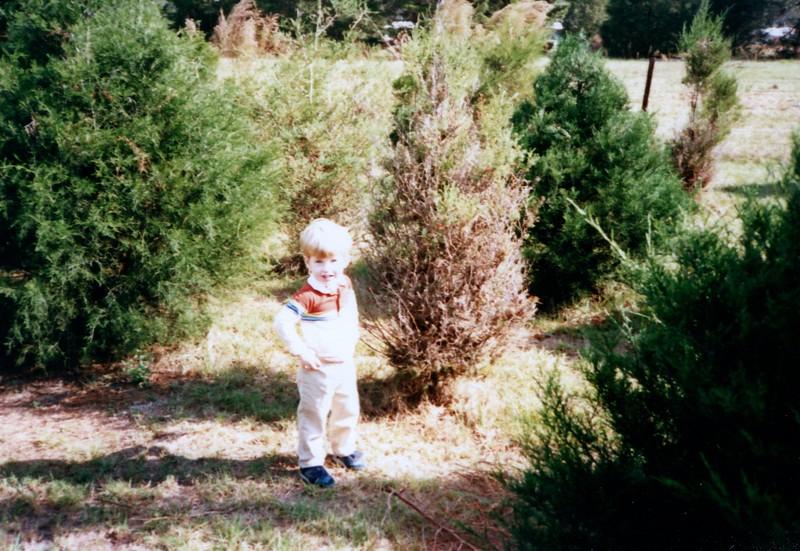 1986_December_Life_in_Longwood_0002_a.jpg