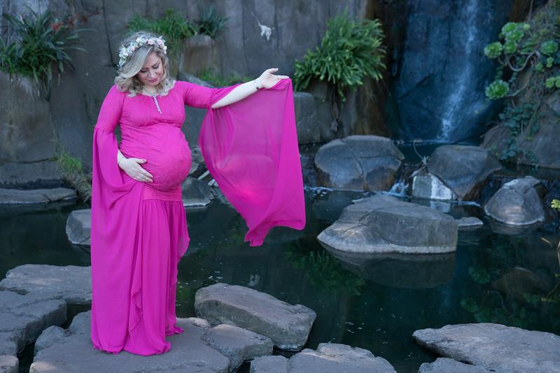 Maternity -08589.jpg