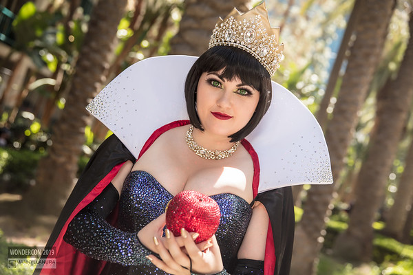 Evil Queen by Bernadette