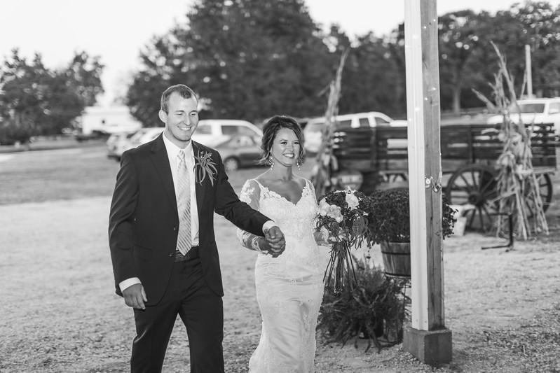 655_Aaron+Haden_WeddingBW.jpg