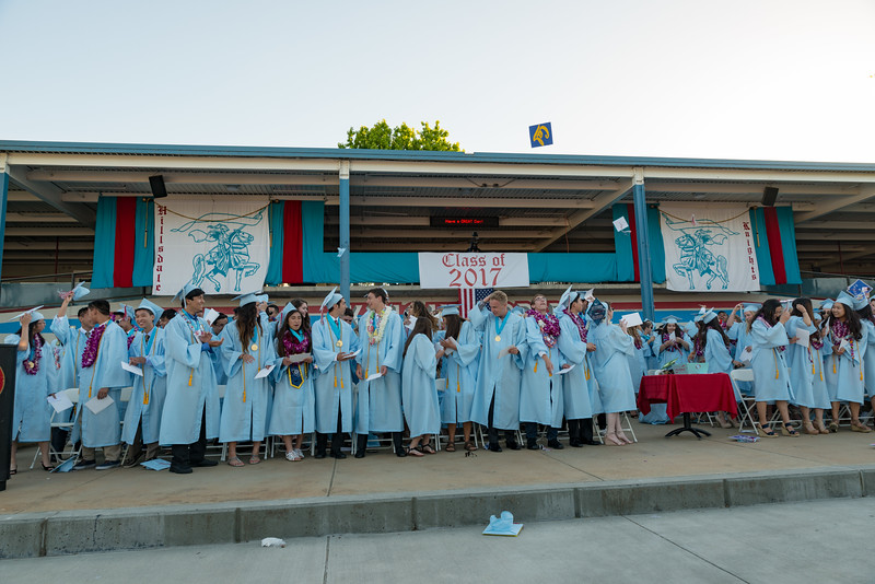 Hillsdale Graduation-85942.jpg