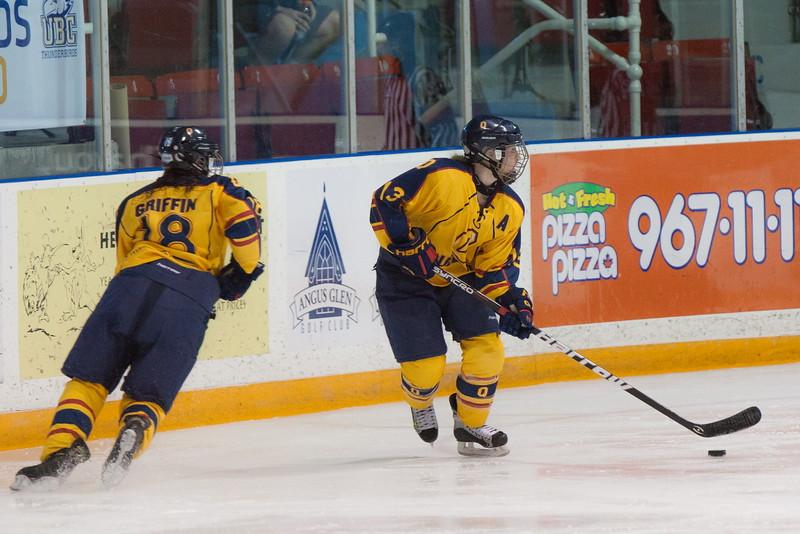 20130310 QWHockeyvsUBC 575.jpg