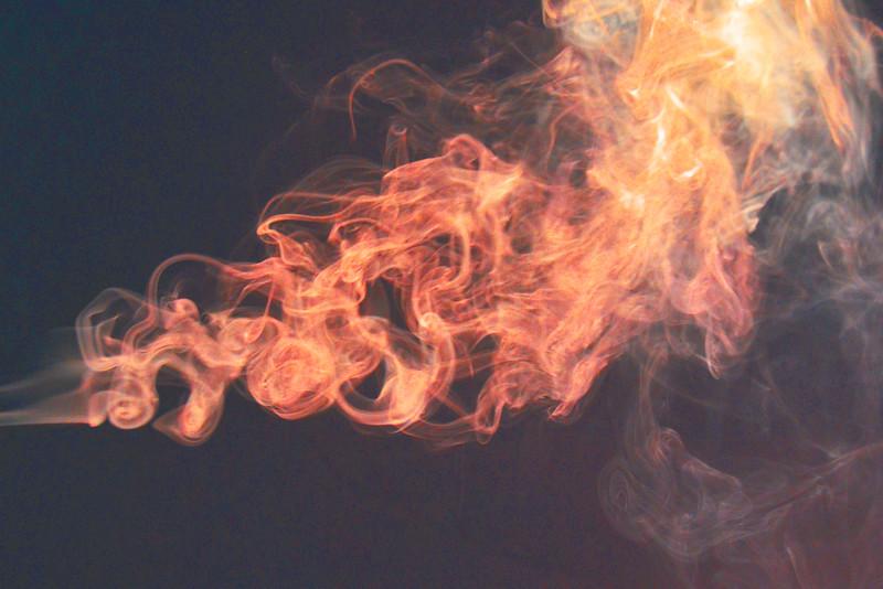 Smoke Trails 5~8811-1.