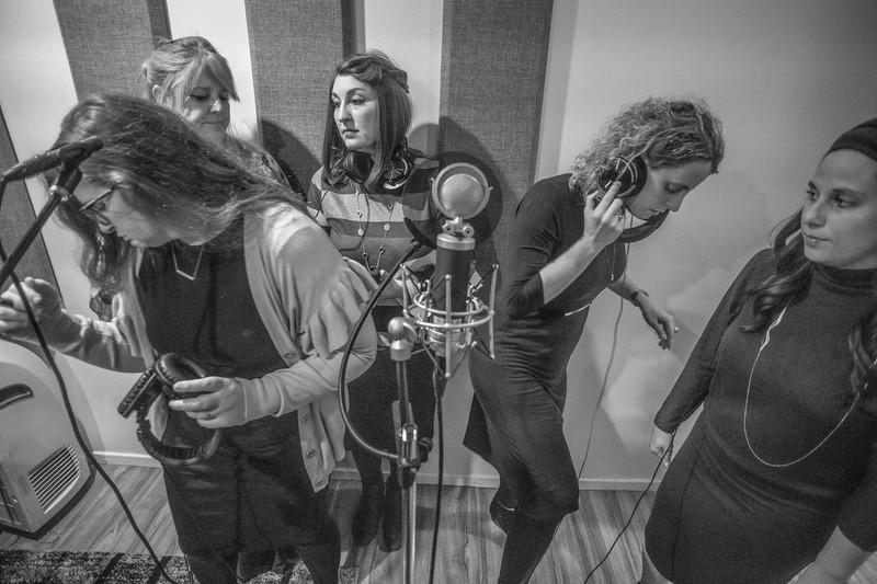 lajlc recording studio005.jpg