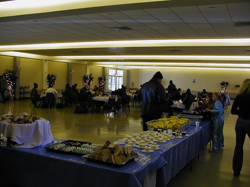 2005-11-19-Homeless-Lunch_006.jpg