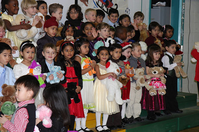 Sakshi Kindergarten Christmas Consort