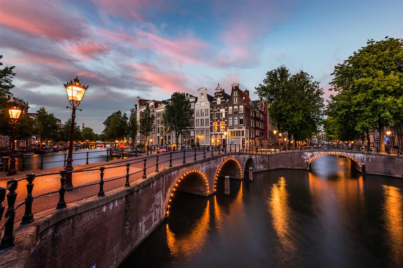 Amsterdam-Dusk.jpg