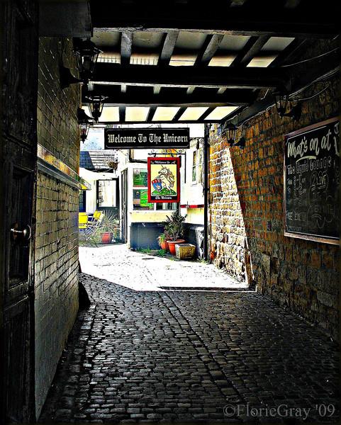 Passage to the Pub  Banbury