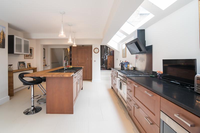 20170601- pkp - UTDM - Stokenchurch - Kitchen 3.jpg