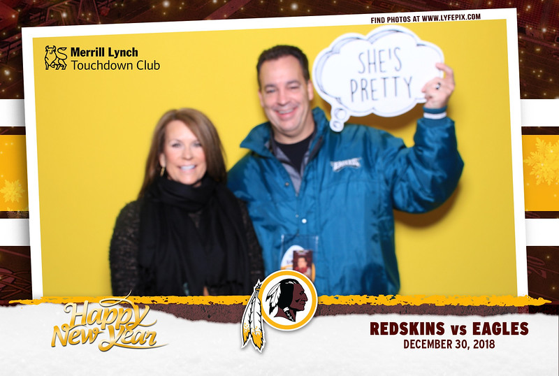 washington-redskins-philadelphia-eagles-touchdown-fedex-photo-booth-20181230-141821.jpg