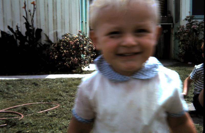1971-1-27 (16) Andrew 17mths.JPG