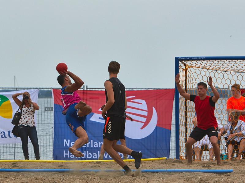 Molecaten NK Beach Handball 2015 dag 2 img 543.jpg