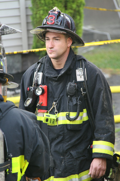 8-21-14, Boston - 4th Alarm 105 Murdock Street 070.JPG