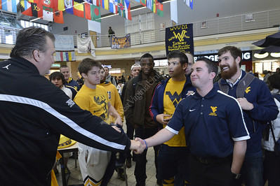 28745 Huggins interacting With Students