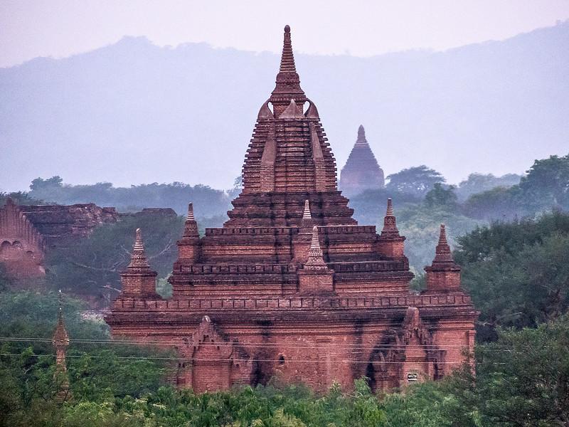 Myanmar Bagan Temples_P1170076.jpg
