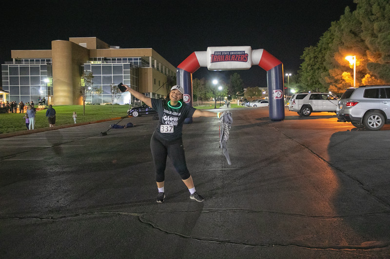 GLOW WITH THE FLOW 5K 2019--15.jpg
