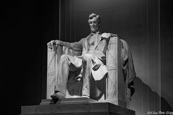 2- Lincoln Memorial