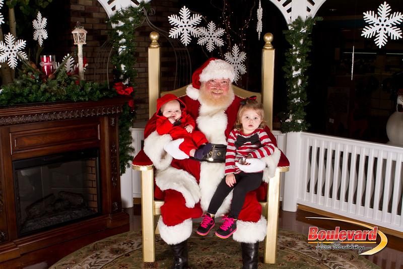 Santa Dec 15-269.jpg