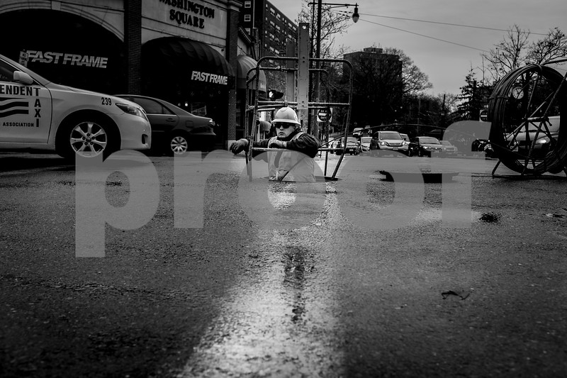 Manhole bw-1174.jpg
