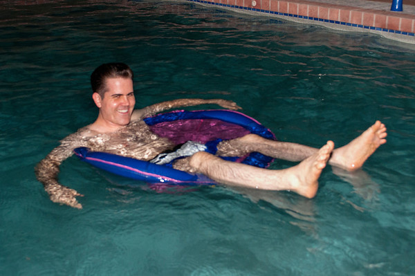 Mayweather-vs-Canelo pool party