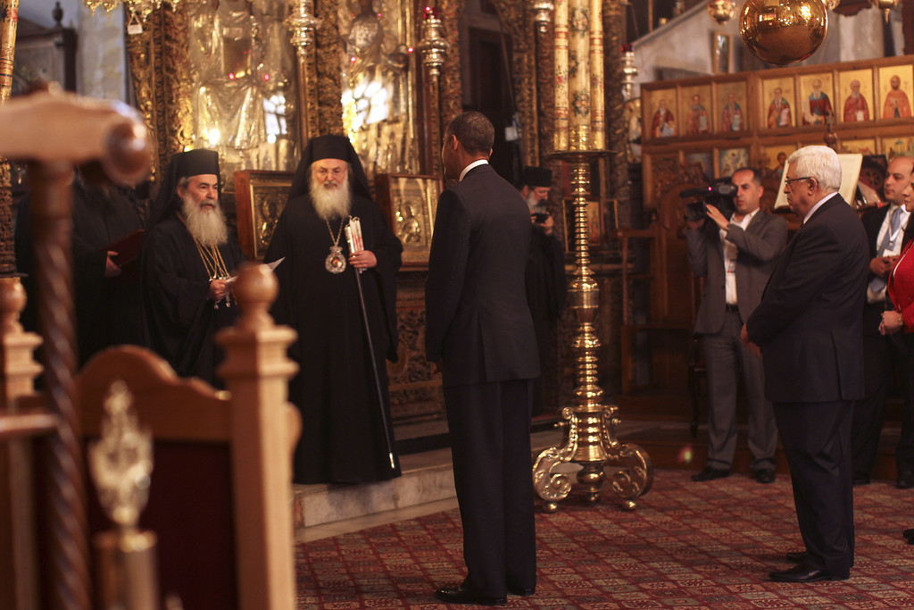 . U.S. President Barack Obama (L) visits the Church of the Nativity with Palestinian President Mahmoud Abbas on March 22, 2013 in Bethlehem, West Bank. (Photo by Atef Safadi-Pool/Getty images)