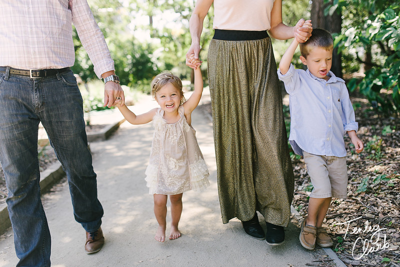 Bay Area lifestyle family photography session at Elizabeth Gamble Gardens in Palo Alto by Tenley Clark Photography.