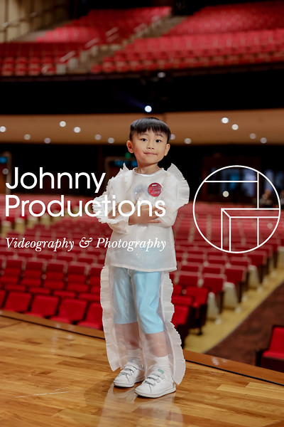 0001_day 1_white shield portraits_johnnyproductions.jpg