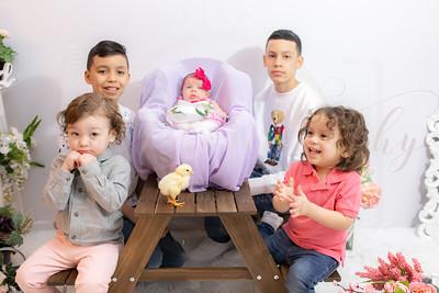 Vargas Family Grandchildren Easter