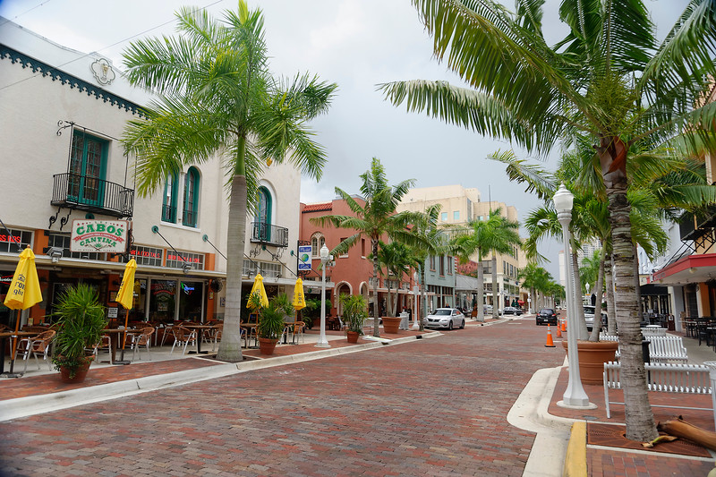 First Street - Downtown - Ft. Myers, Florida