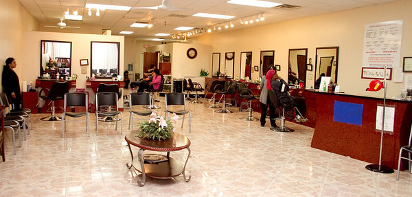 Heena Salon