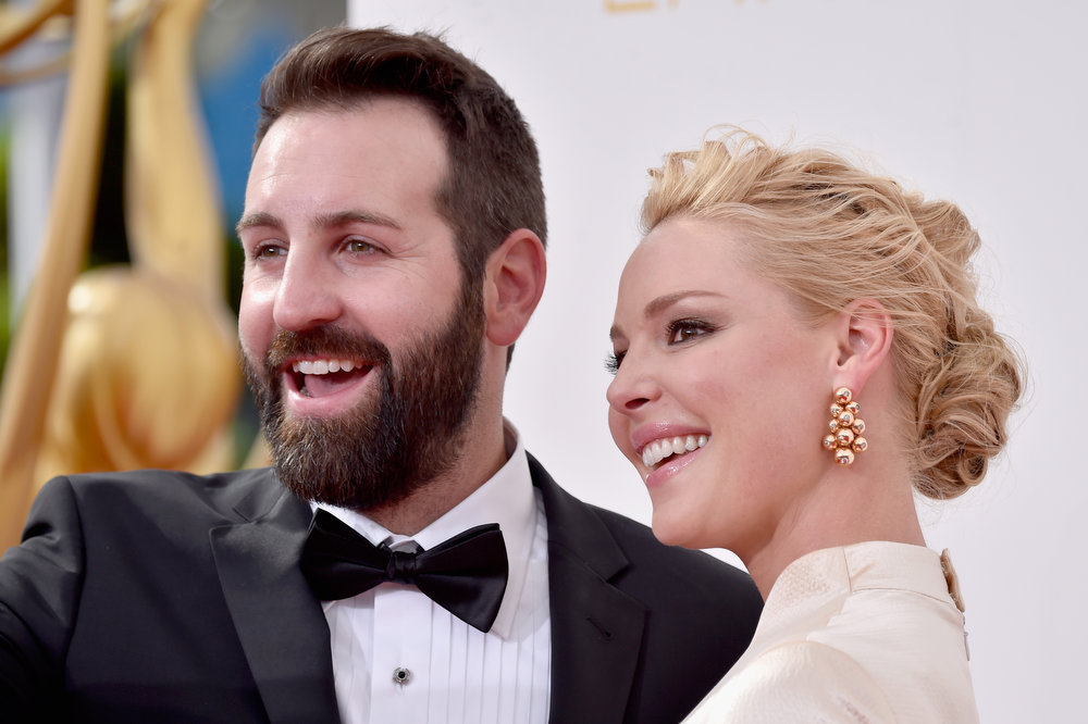 . Singer Josh Kelley (L) and actress Katherine Heigl attend the 66th Annual Primetime Emmy Awards held at Nokia Theatre L.A. Live on August 25, 2014 in Los Angeles, California.  (Photo by Frazer Harrison/Getty Images)