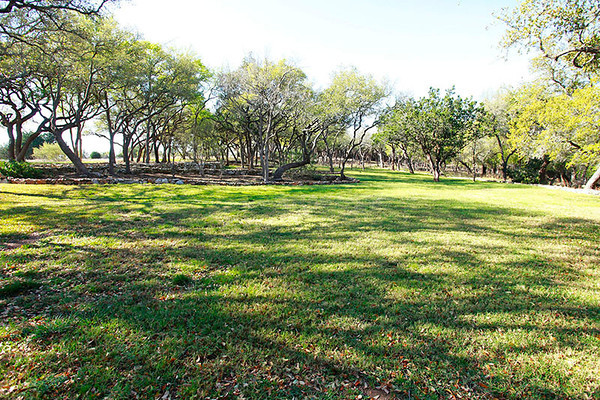 Acreage home Georgetown TX