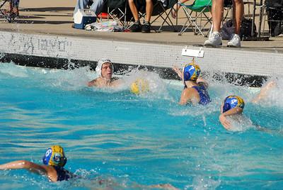 Ventura League Championship Tournament - Santa Barbara Water Polo Club 14U Girls vs Titans Coed D2 11/16/08. SBWPC. Photos by Allen Lorentzen.