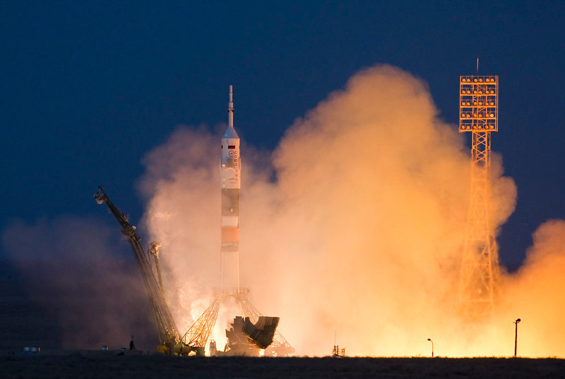 . The Soyuz TMA-07M spacecraft carrying the International Space Station (ISS) crew of U.S. astronaut Thomas Marshburn, Russian cosmonaut Roman Romanenko and Canadian astronaut Chris Hadfield blasts off from its launch pad at the Baikonur cosmodrome December 19, 2012. REUTERS/Shamil Zhumatov
